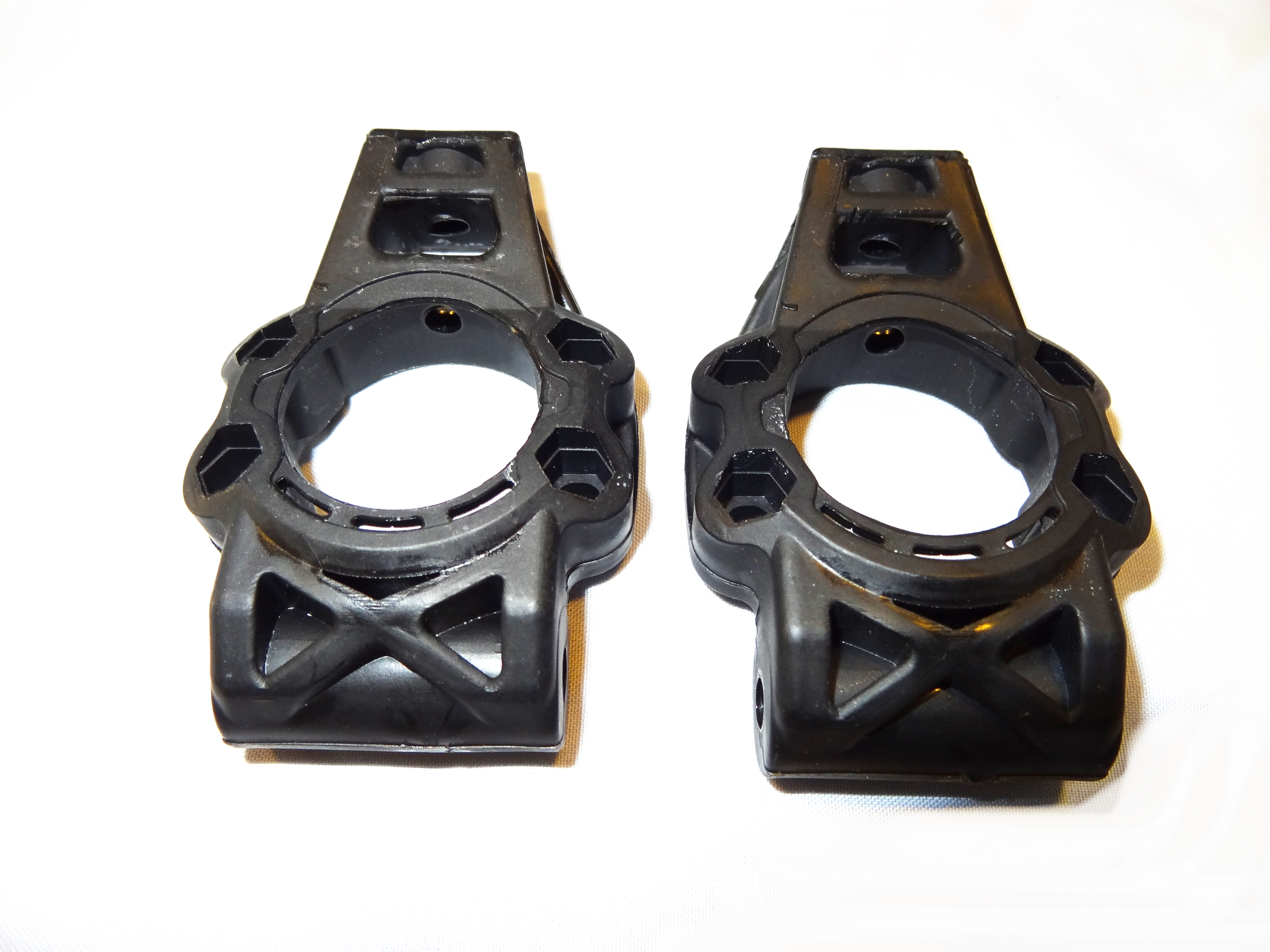 Rear Stock Plastic Hubs (set of 2)